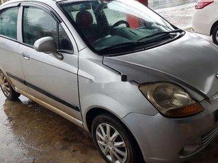 Bán Chevrolet Spark sản xuất năm 2010, màu bạc còn mới