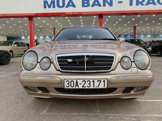 Cần bán xe Mercedes E240 đời 2003, nhập khẩu, màu nâu vàng