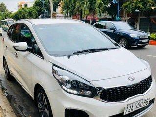 Bán Kia Rondo đời 2019, màu trắng, xe gia đình, 585tr