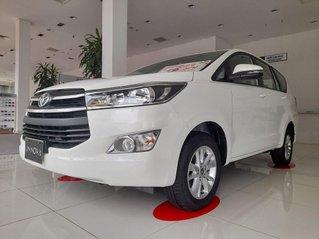 Cần bán Toyota Innova 2020, màu trắng