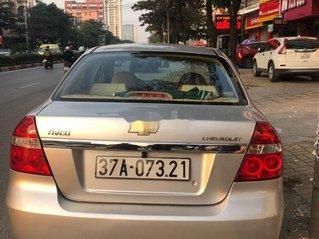 Cần bán xe Chevrolet Aveo sản xuất năm 2012 còn mới
