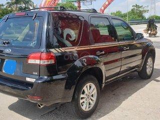 Bán xe Ford Escape số tự động màu đen, sản xuất 2011, trang bị đầy đủ các tiện ích của xe, nội ngoại thất còn rất đẹp