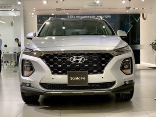 Hyundai  Santa Fe  dầu tiêu chuẩn giảm 50% thuế trước bạ - KM tiền mặt + phụ kiện lên đến 35tr