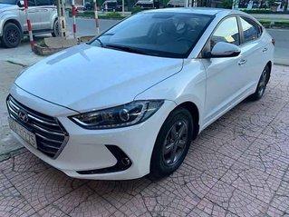 Cần bán lại xe Hyundai Elantra LT sản xuất năm 2016, màu trắng, xe chính chủ