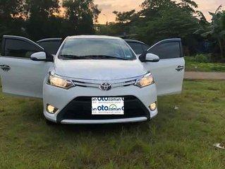 Bán Toyota Vios sản xuất năm 2017, màu trắng còn mới
