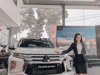 Bán xe Mitsubishi Pajero Sport sản xuất 2020, màu trắng, nhập khẩu nguyên chiếc