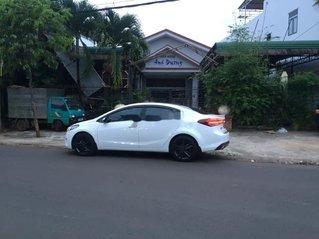 Bán Kia Cerato đời 2017, màu trắng, xe chính chủ, giá 520tr