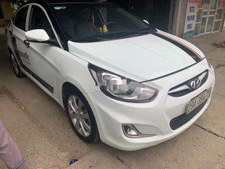 Bán Hyundai Accent sản xuất năm 2011, nhập khẩu còn mới, giá 325tr