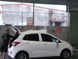 Cần bán xe Hyundai Grand i10 đời 2014, màu trắng, xe nhập