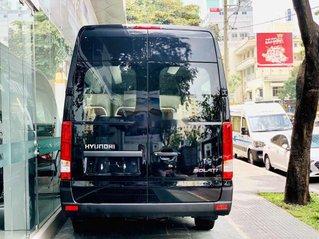 Cần bán Hyundai Solati đời 2019, màu đen, nhập khẩu nguyên chiếc