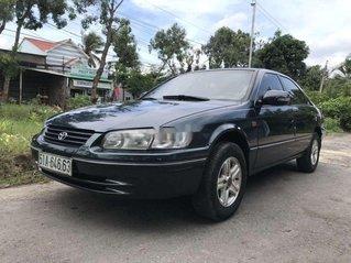 Cần bán gấp Toyota Camry năm 1999, màu đen còn mới