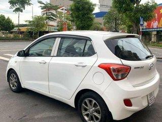 Cần bán xe Hyundai Grand i10 đời 2014, màu trắng