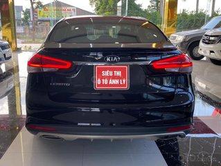 Cần bán xe Kia Cerato 1.6 AT đời 2018, màu đen