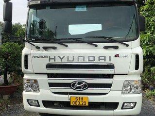 Bán xe đầu kéo: Hyundai HD 700 đời 2015, màu trắng
