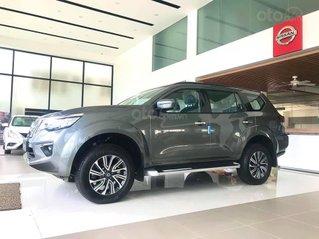 Nissan Terra E - màu xám giảm giá sốc hơn 100 triệu tại Quảng Bình