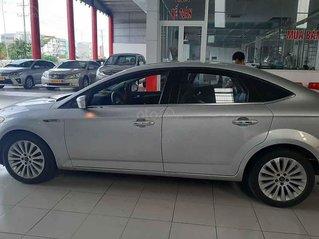 Cần bán xe Ford Mondeo đời 2011, màu bạc