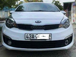 Cần bán Kia Rio sản xuất năm 2017, màu trắng, xe nhập còn mới