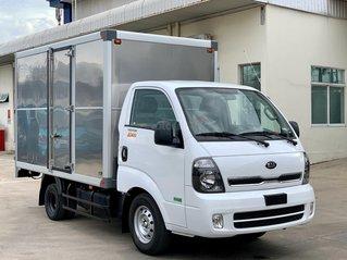 Xe tải Kia K200 tải trọng 1.49 - 1.9 tấn Trường Hải 2021, máy Hyundai trả góp 75%