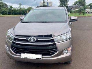 Bán Toyota Innova sản xuất năm 2019, màu xám, 680 triệu