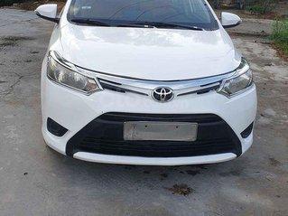 Bán xe Toyota Vios số sàn, sx 2015, màu trắng, giá 290tr