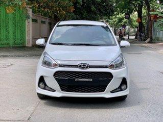 Cần bán Hyundai Grand i10 bản 4 phanh đĩa 1.2 AT đời 2018, màu trắng