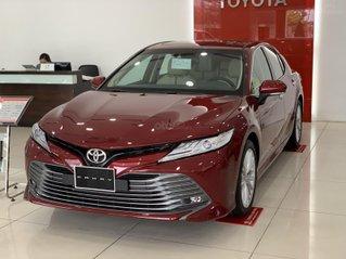 Toyota Camry khuyến mại lên đến 25 triệu, giá tốt nhất thị trường