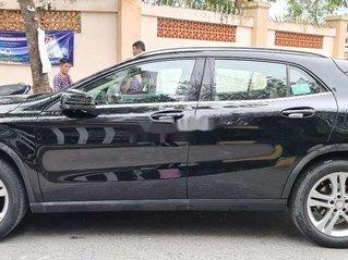 Bán xe Mercedes GLA 200 sản xuất năm 2015, màu đen, xe nhập, giá chỉ 950 triệu