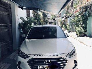 Cần bán Hyundai Elantra năm sản xuất 2017, màu trắng còn mới
