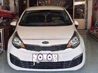 Cần bán gấp Kia Rio năm sản xuất 2014, màu trắng, xe nhập