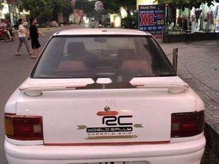 Cần bán xe Mazda 323 sản xuất năm 1995, màu trắng, nhập khẩu