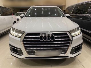 Bán xe Audi Q7 năm sản xuất 2016, đăng ký 2017, màu trắng