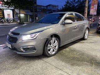 Cần bán lại xe Chevrolet Cruze LTZ năm 2017, màu xám còn mới