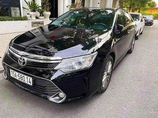 Cần bán Toyota Camry sản xuất năm 2015, màu đen, 799 triệu