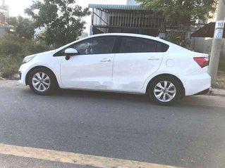 Bán Kia Rio sản xuất 2015, màu trắng, xe nhập xe gia đình, giá 305tr