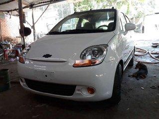 Cần bán gấp Chevrolet Spark 2010, màu trắng số sàn, 120 triệu