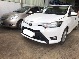 Bán Toyota Vios đời 2018, màu trắng, số sàn, giá tốt