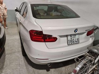 Cần bán xe BMW 3 Series năm sản xuất 2015, nhập khẩu còn mới, giá tốt
