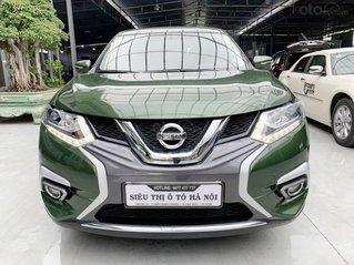 Bán xe Nissan X-trail Premium 2.0SL 2018 xe đẹp, màu xanh rêu
