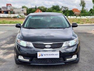 Cần bán gấp Kia Forte sản xuất năm 2013, xe cực đẹp