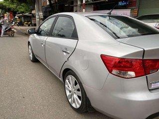 Cần bán lại xe Kia Forte MT năm 2010, màu bạc, nhập khẩu chính chủ, 285 triệu