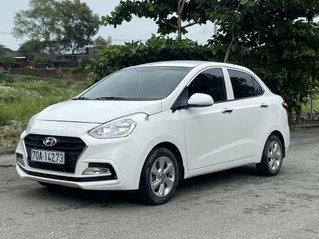 Gia đình bán Hyundai Grand i10 đời 2017, màu trắng, bản đủ