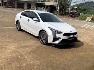 Bán Kia Cerato 2019, màu trắng, xe nhập số sàn