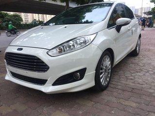 Cần bán gấp Ford Fiesta sản xuất năm 2014, giá ưu đãi, chính chủ sử dụng