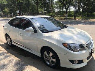 Cần bán Hyundai Avante AT sản xuất 2014, nhập khẩu, xe giá thấp, động cơ ổn định