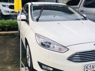 Cần bán gấp Ford Focus đời 2017, màu trắng, ít sử dụng, giá tốt 630 triệu đồng