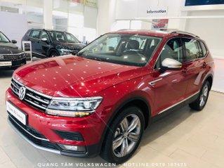 Volkswagen Tiguan Luxury đỏ ruby may mắn, ưu đãi khủng + giao ngay