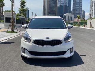 Cần bán xe  Kia Rondo SX 2016, màu trắng, nội thất đen, máy dầu
