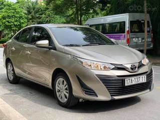Bán gấp xe Toyota Vios năm sản xuất 2020, số sàn