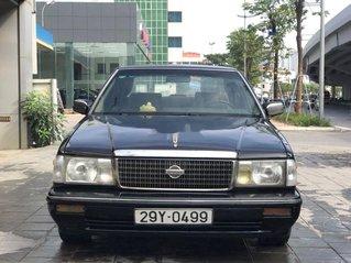 Bán Nissan Cedric đời 1993, màu đen, số sàn