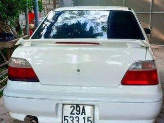 Cần bán gấp Daewoo Cielo đời 1996, màu trắng